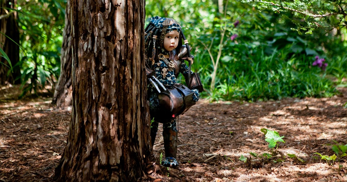 Nikki and William Miyamoto created predator costume for their 3 years old Kayla who went to be the most adorable predator baby | Stan Winston School of ...  sc 1 st  Stan Winston School & Nikki and William Miyamoto created predator costume for their 3 ...